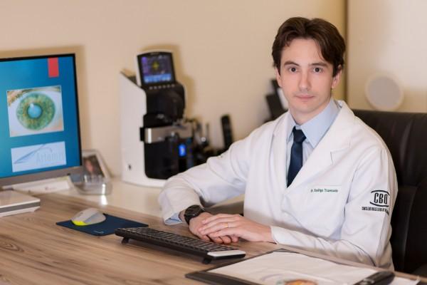 Dr. Rodrigo Travessolo